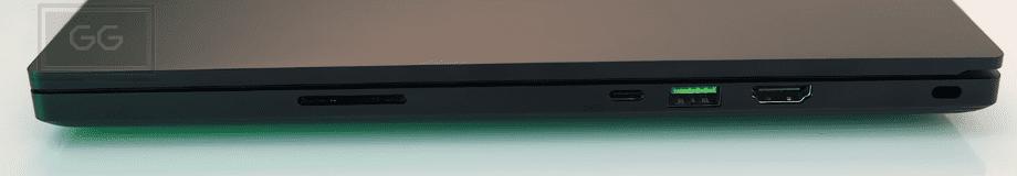 Razer Blade 15 Advanced Vista derecha